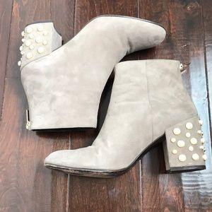 STUART WEITZMAN gray pearl booties sz 9.5